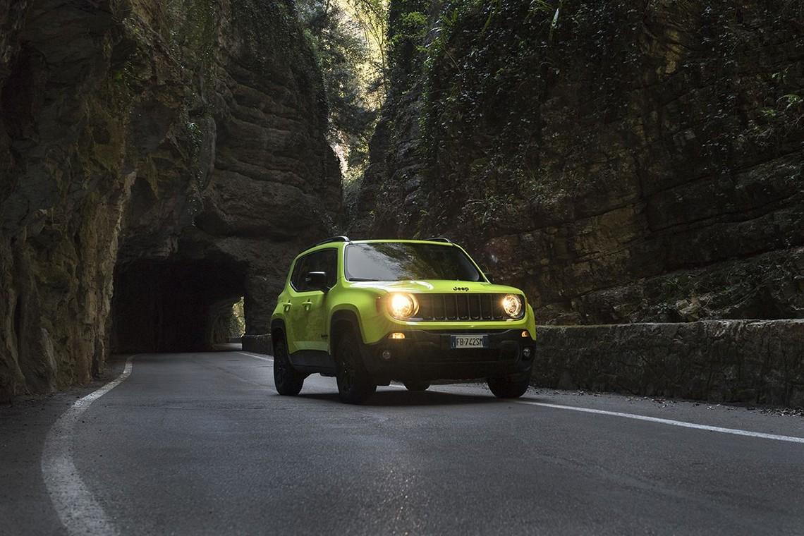 Jeep Renegade Upland Tre Quarti