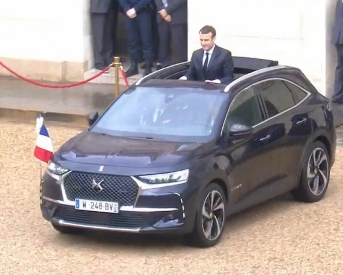 DS7 Crossback Macron 1
