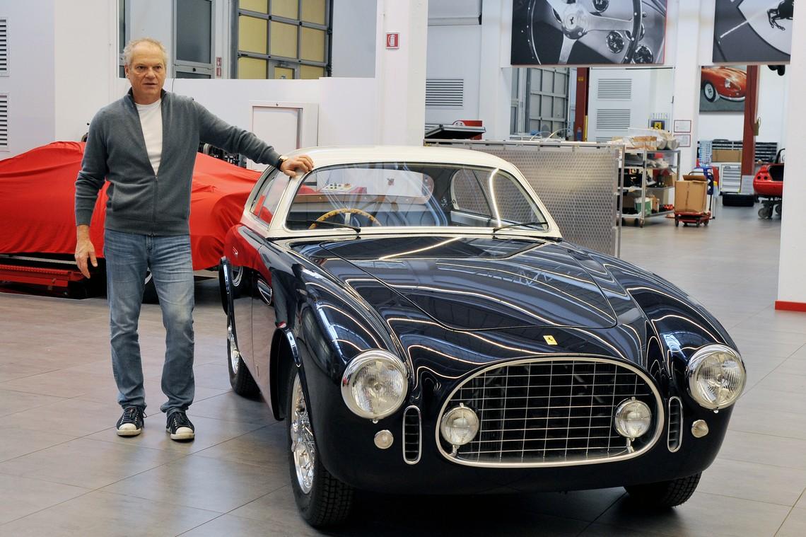 Ferrari 225E con proprietario