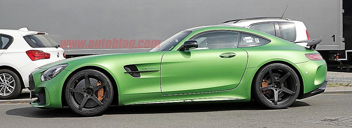 AMG GT-R Black Series Spy Lato