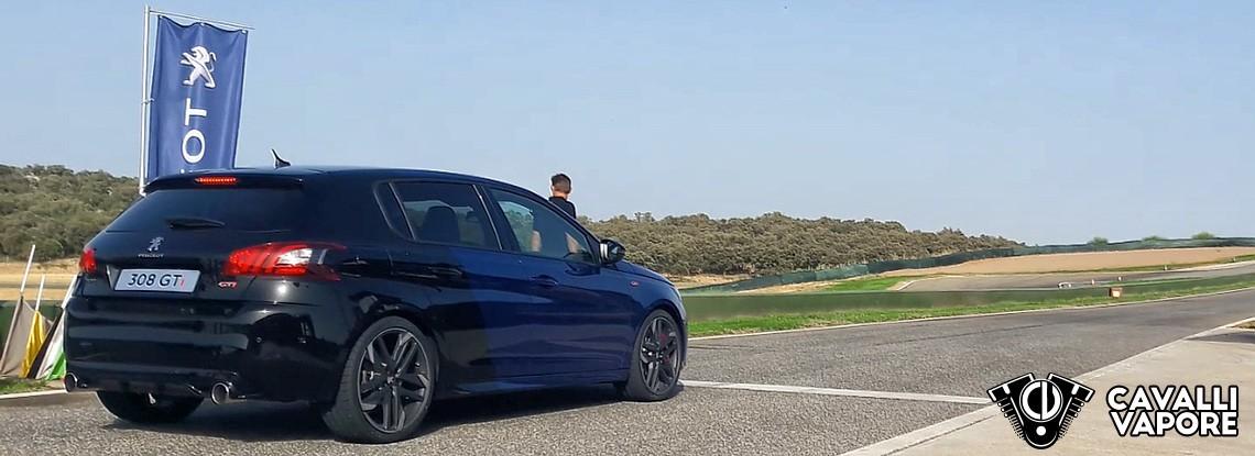 Peugeot 308 Gti in pista