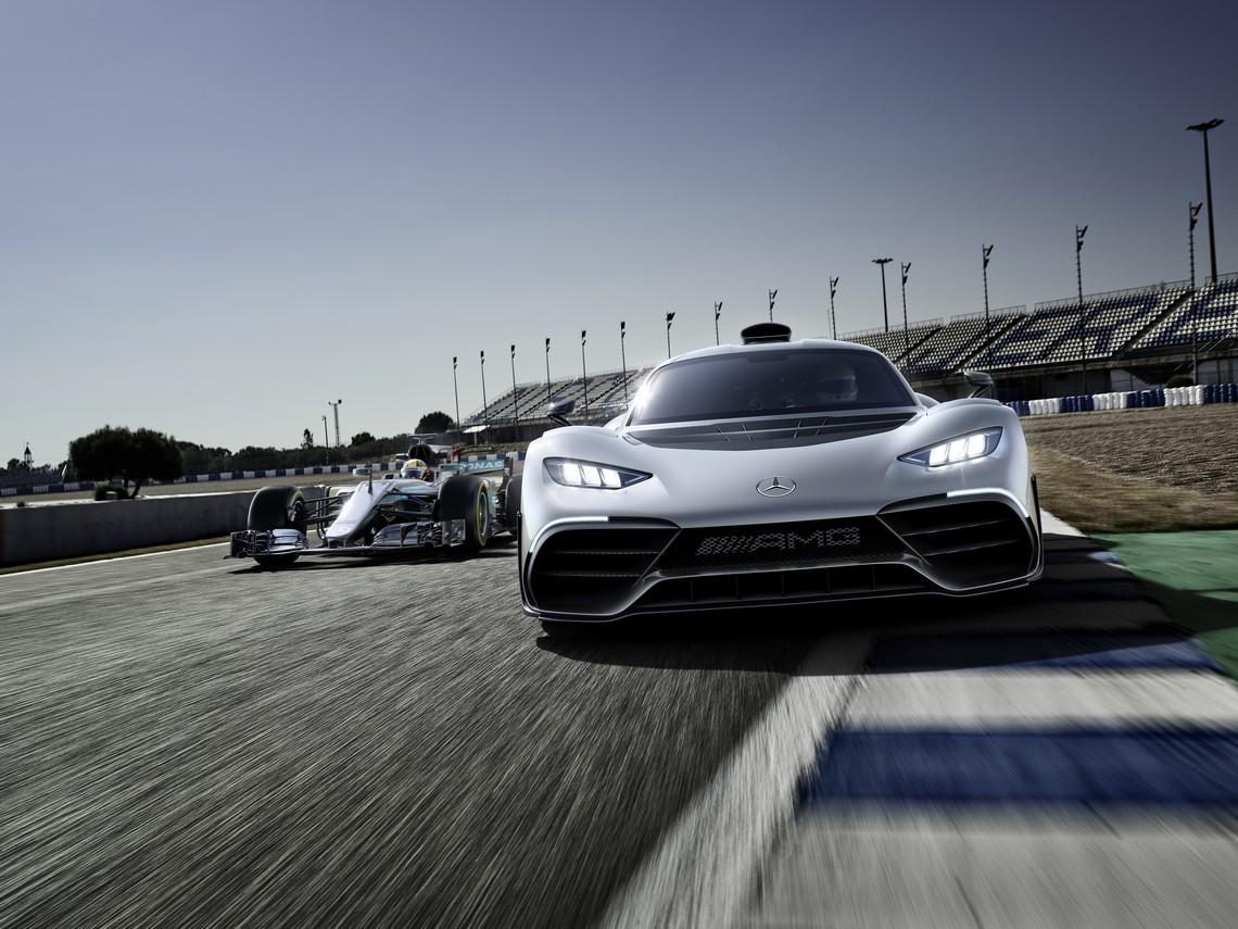 Mercedes AMG Project ONE con F1