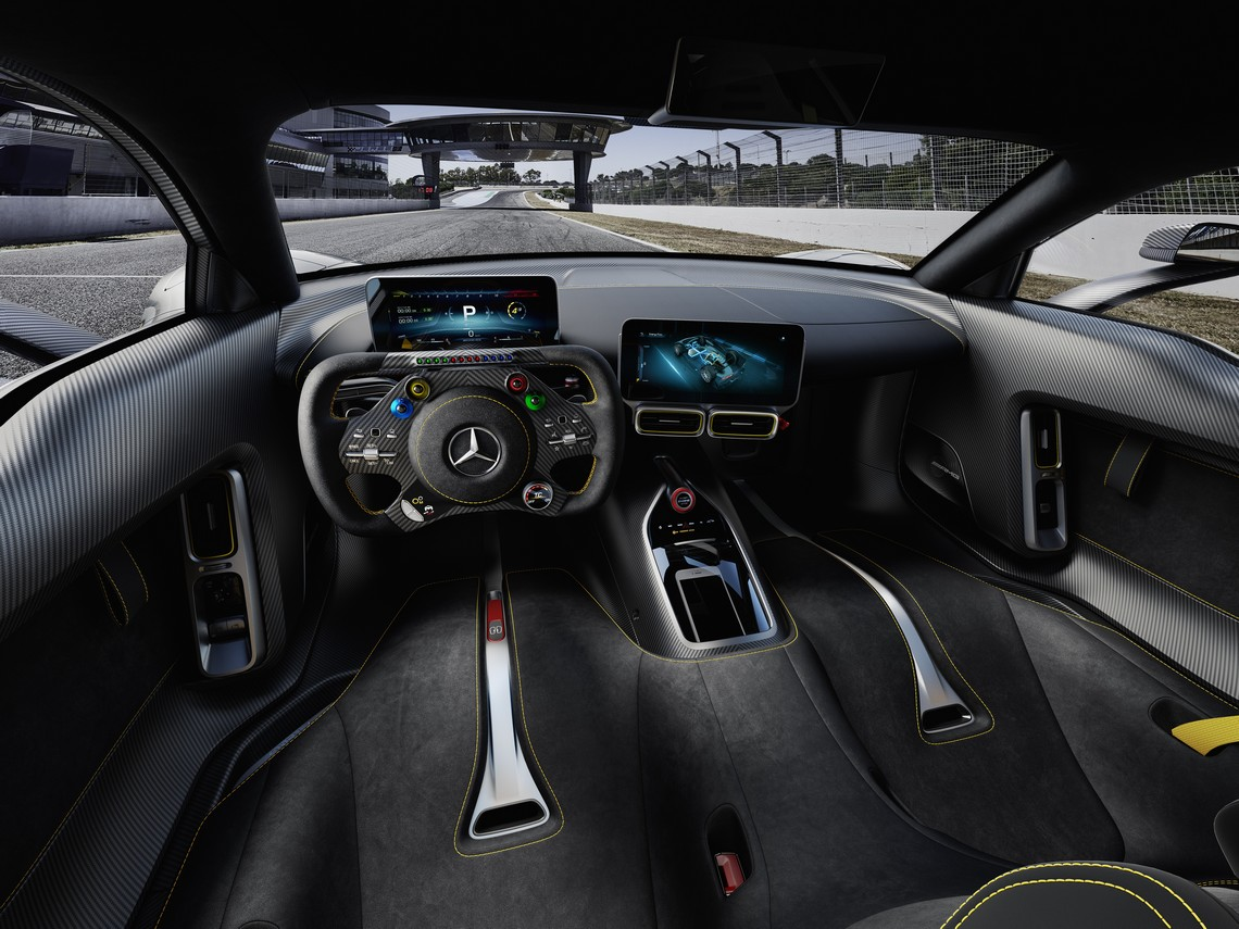 Mercedes AMG Project ONE Interni