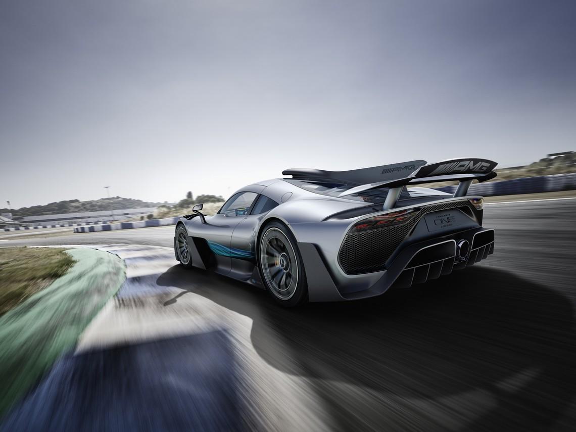 Mercedes AMG Project ONE Tre Quarti Posteriore