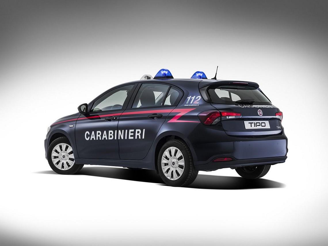 Fiat Tipo Carabinieri Tre Quarti Posteriore