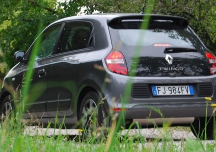 Renault Twingo Lovely Prova su strada