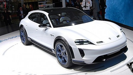 Porsche Missione E Cross Turismo GIMS