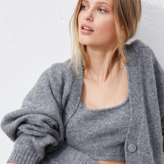 H&M tiene los looks perfectos para seguir teletrabajando