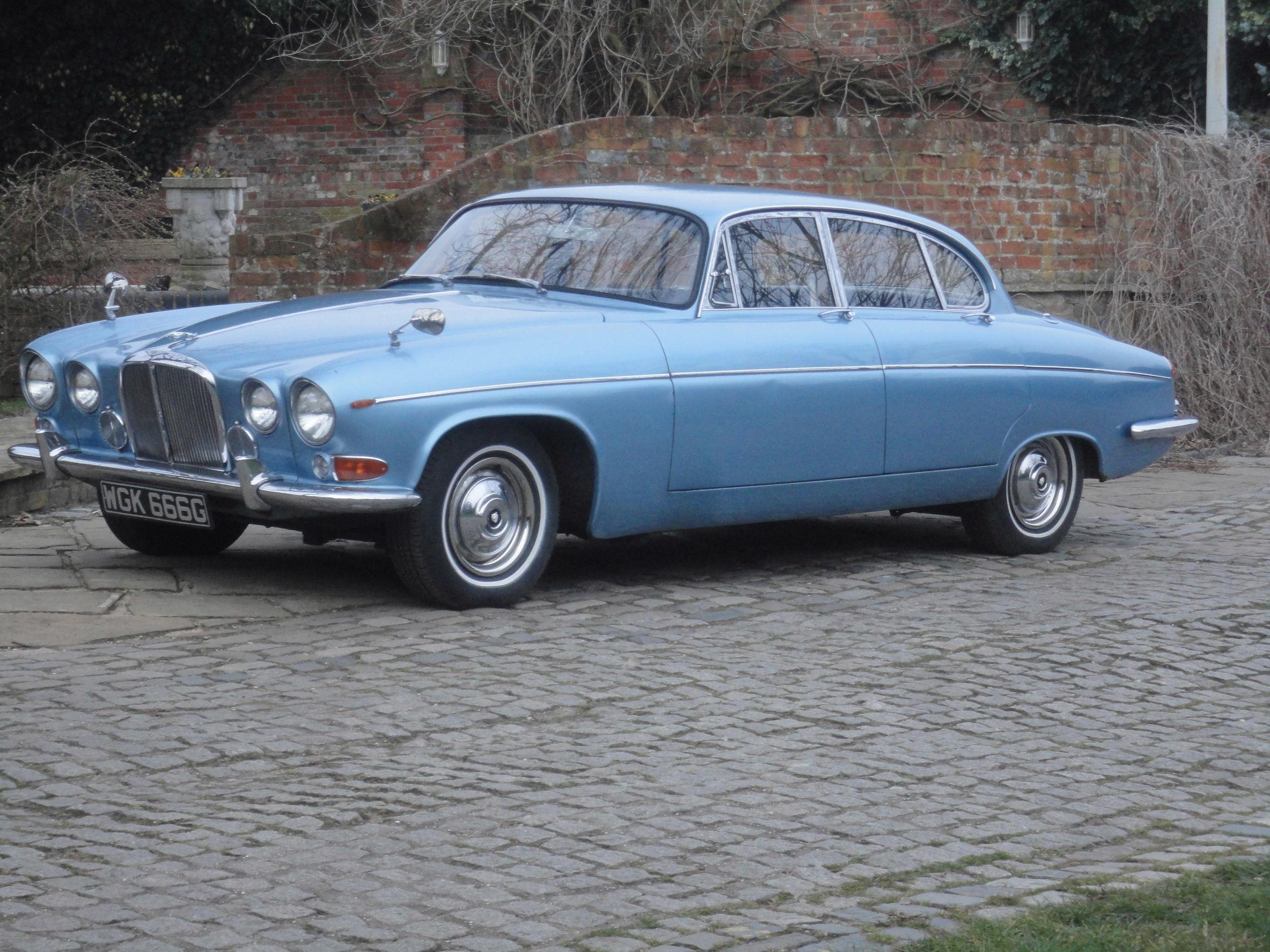 1968 Jaguar 420G Saloon - Classic Car Auctions