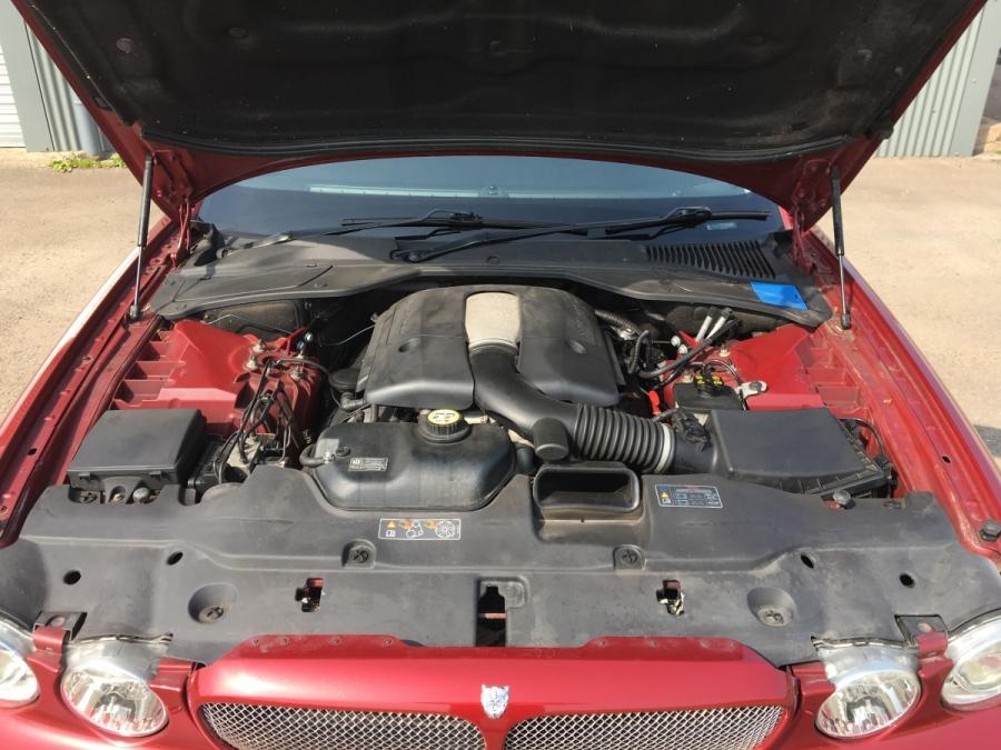 2005 Jaguar XJR (X350) - Classic Car Auctions