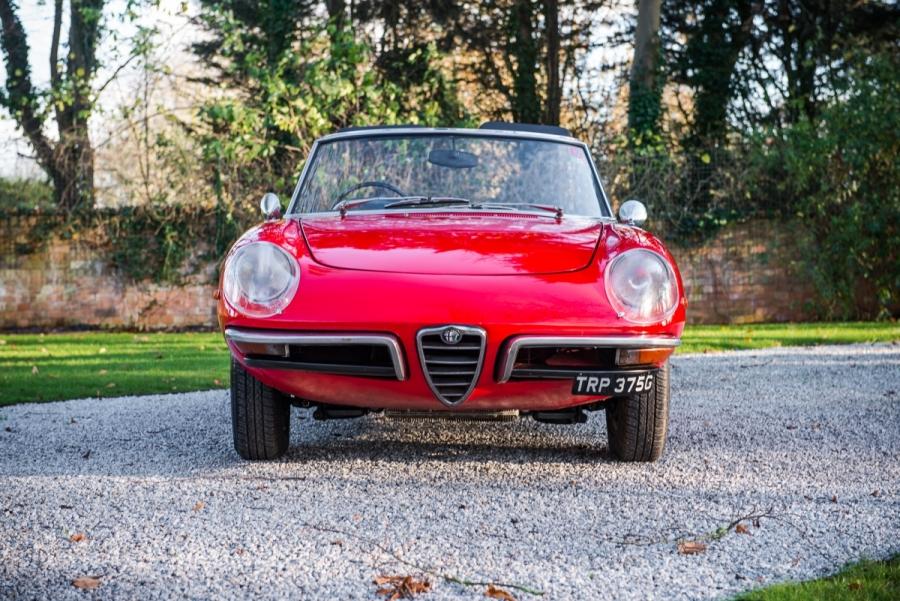 1969 Alfa Romeo Duetto Spider - Classic Car Auctions