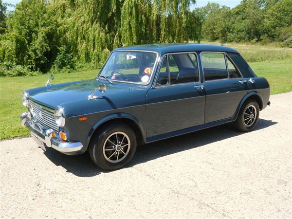 Large image for the Morris 1100