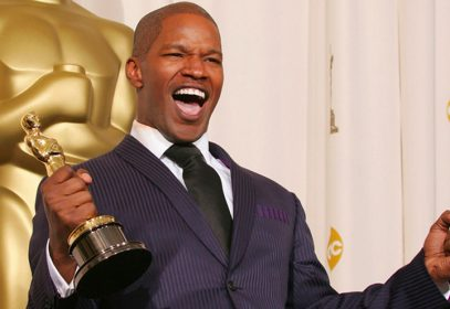 Jamie Foxx at the Oscars wearing Ozwald Boateng suit