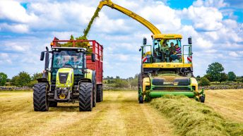Fleet profile: Western contractor reveals his machinery 'ups' and 'downs'