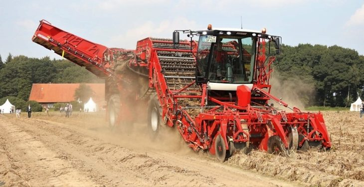 530hp, 4-row giant: Grimme wheels out its biggest potato harvester yet