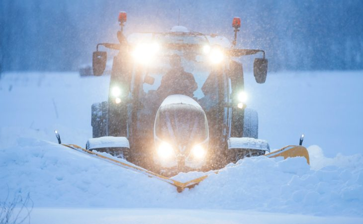 Driving on ice: Have you the skill to be a top tractor driver?