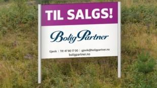 Sentral boligtomt i Raufoss. Kort vei til skole, barnehage og sentrum. Barnevennlig.