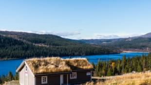 Visning 25.11 – Ny innflytningsklar hytte på Spåtind med fantastisk utsikt mot Synnfjorden!