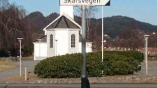 Eneboligtomter i Alversund