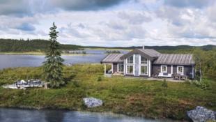 KAMPANJE! Høgevarde - Kort vei til hyttedrømmen. Under 2 timer fra Oslo. Solrik tomt med flott utsikt. Nyt rolige dager på hytta.