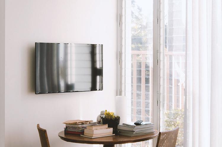 Motorised Articulating TV Wall Mount