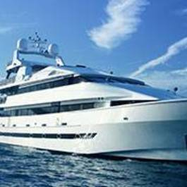 Luxury Super Yacht Charter