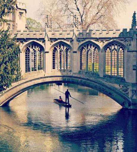 Punting through the canals in Cambridge. Discover Cambridge Hen Party ideas below: