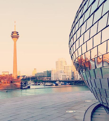 Dusseldorf Makeover and Photoshoot- Hen Do Activities - Hen Weekends