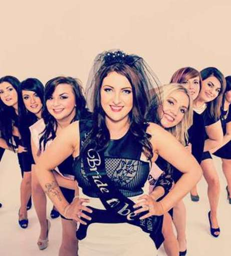 London - Hen Party Packages - Makeover and Photoshoot