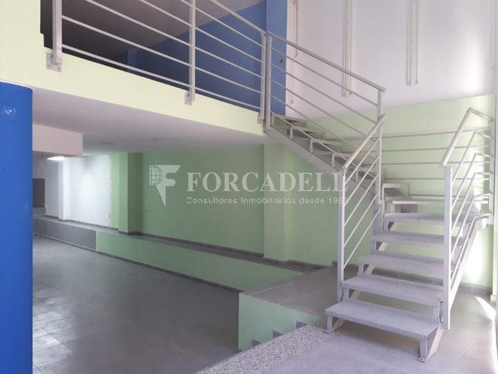 Local-oficina en lloguer acondicionat al C. Sagrera. Barcelona. #10