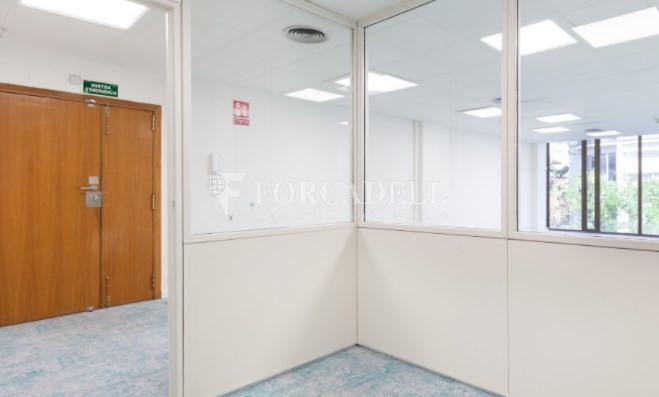 Oficina disponible en lloguer a Sarrià-Sant Gervasi. Barcelona. 6