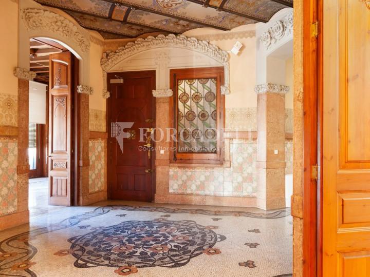 Oficina espectacular en lloguer al Quadrat d'Or de Barcelona. Passeig de Gràcia. 10