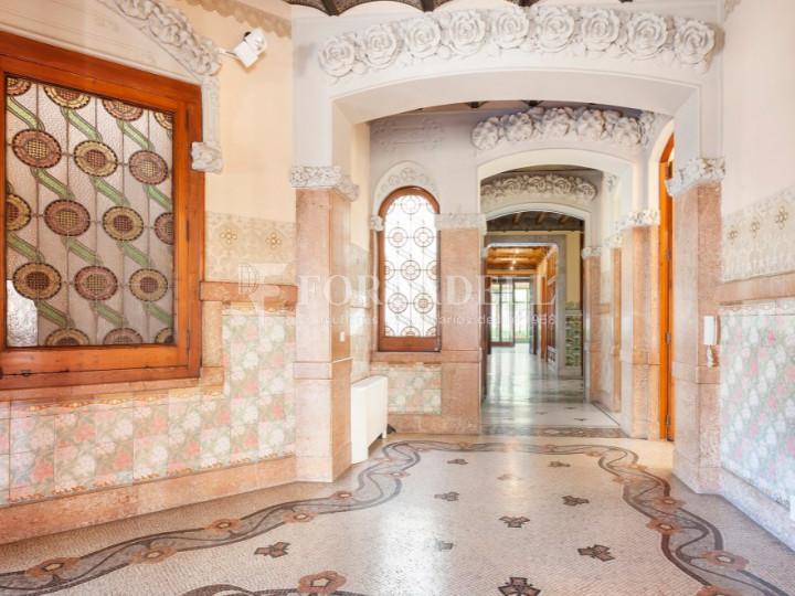 Oficina espectacular en lloguer al Quadrat d'Or de Barcelona. Passeig de Gràcia. 11