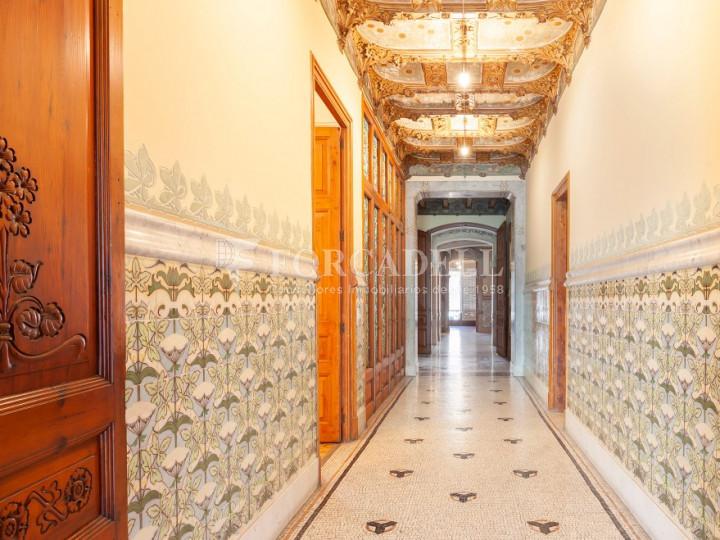 Oficina espectacular en lloguer al Quadrat d'Or de Barcelona. Passeig de Gràcia. 21