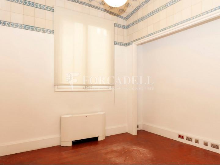 Oficina espectacular en lloguer al Quadrat d'Or de Barcelona. Passeig de Gràcia. 22