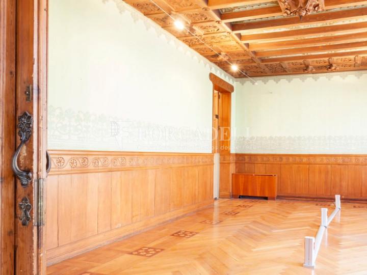 Oficina espectacular en lloguer al Quadrat d'Or de Barcelona. Passeig de Gràcia. 4