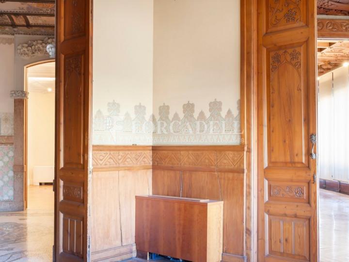 Oficina espectacular en lloguer al Quadrat d'Or de Barcelona. Passeig de Gràcia. 5
