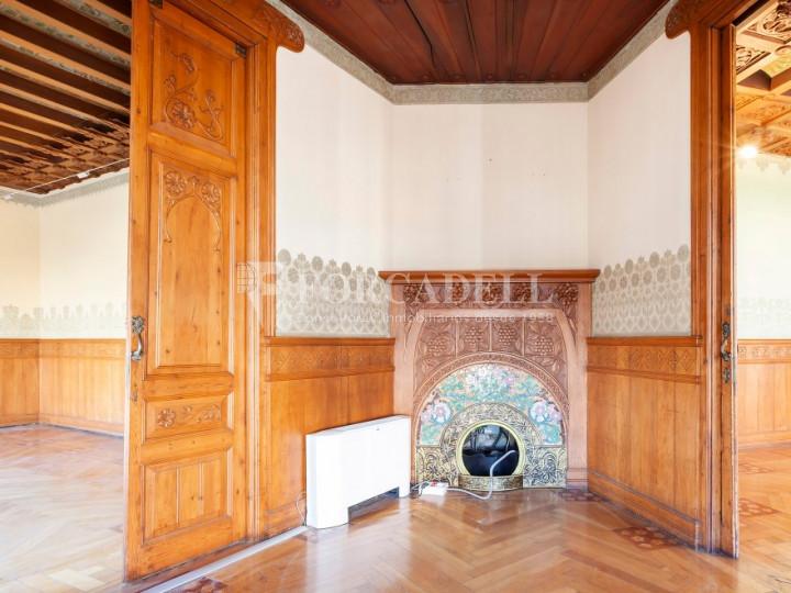 Oficina espectacular en lloguer al Quadrat d'Or de Barcelona. Passeig de Gràcia. 6