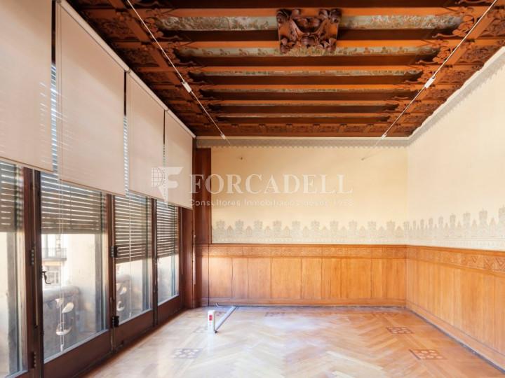 Oficina espectacular en lloguer al Quadrat d'Or de Barcelona. Passeig de Gràcia. 7