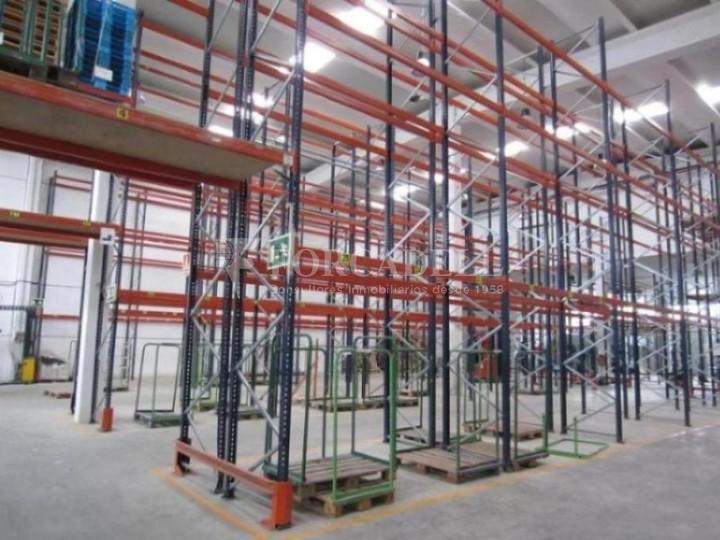Nau industrial de 6.489 m² a lloguer - Llinars del Vallès, Barcelona #2