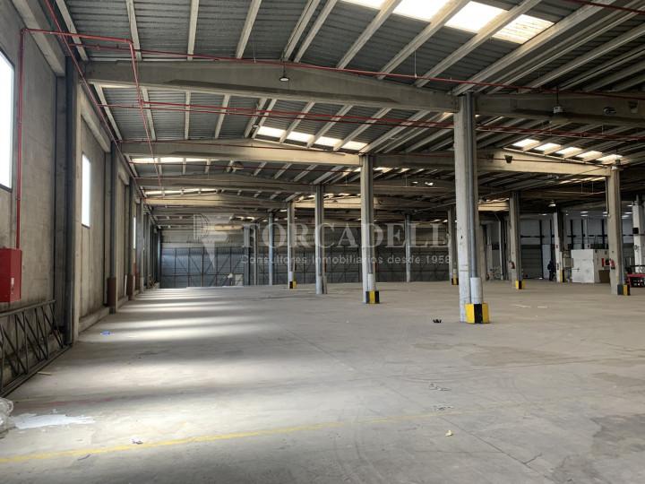 Nau logística en lloguer de 2.859 m² - Barberà de Vallès, Barcelona 3