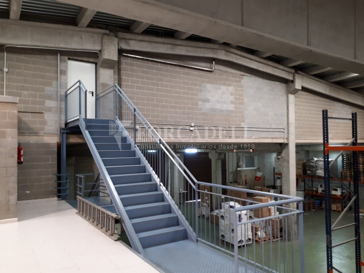 Nau industrial en lloguer de 4.306 m² - Sabadell, Barcelona #6