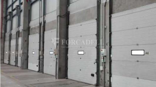 Nave logística en alquiler de  2.309 m² - Barcelona 7