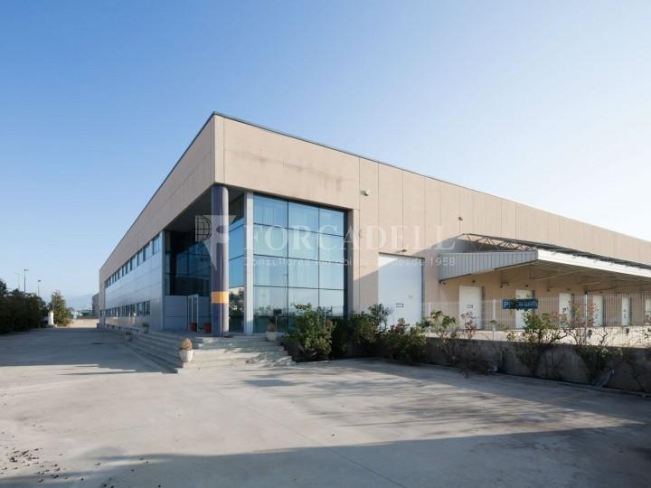 Nau industrial en lloguer de 11.332 m² - Les Franqueses del Vallès, Barcelona #1