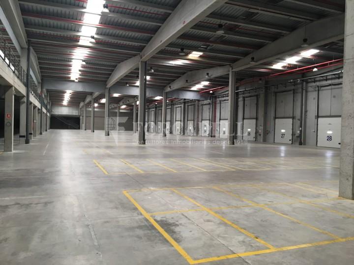 Nau industrial en lloguer de 11.332 m² - Les Franqueses del Vallès, Barcelona #3