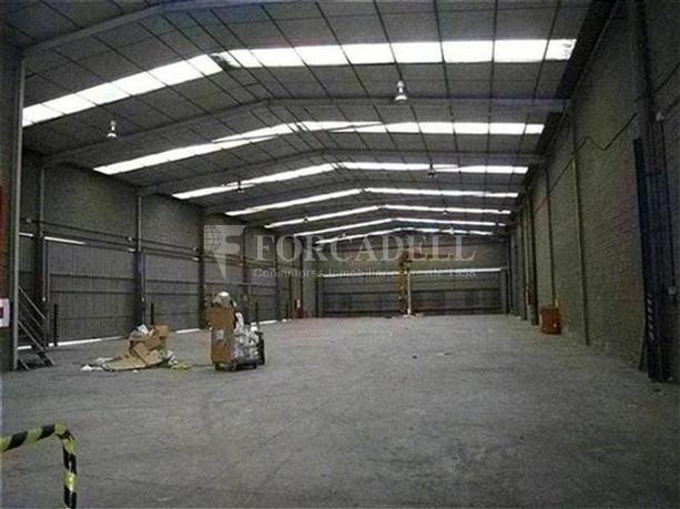 Nau logística en lloguer de 1.215 m² - Montcada, Barcelona 2