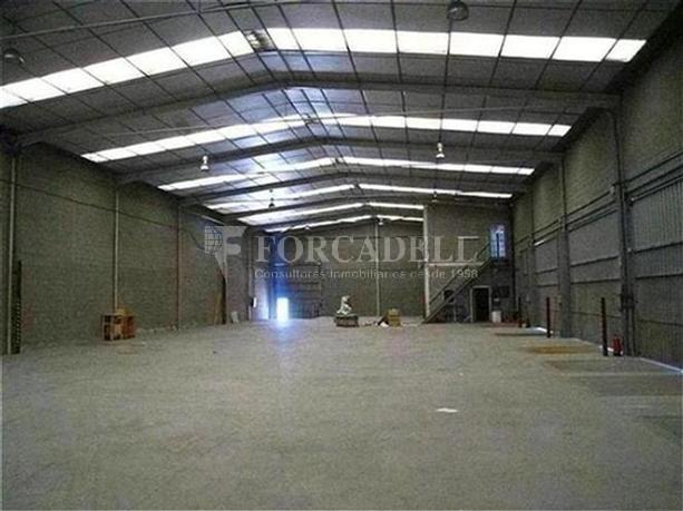 Nau logística en lloguer de 1.215 m² - Montcada, Barcelona 3
