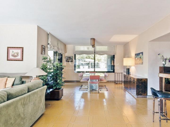 Casa con terreno anexo con árboles frutales, en la comarca de La Selva. Girona.  9