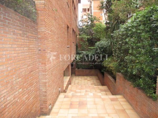 Àtic dúplex amb terrasses en Tres Torres. A13189 6