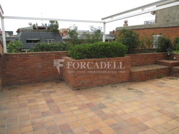 Àtic dúplex amb terrasses en Tres Torres. A13189 54